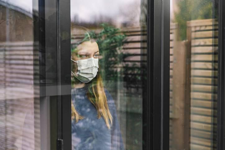 Foto de Como lidar com a ansiedade durante a pandemia e remédios manipulados