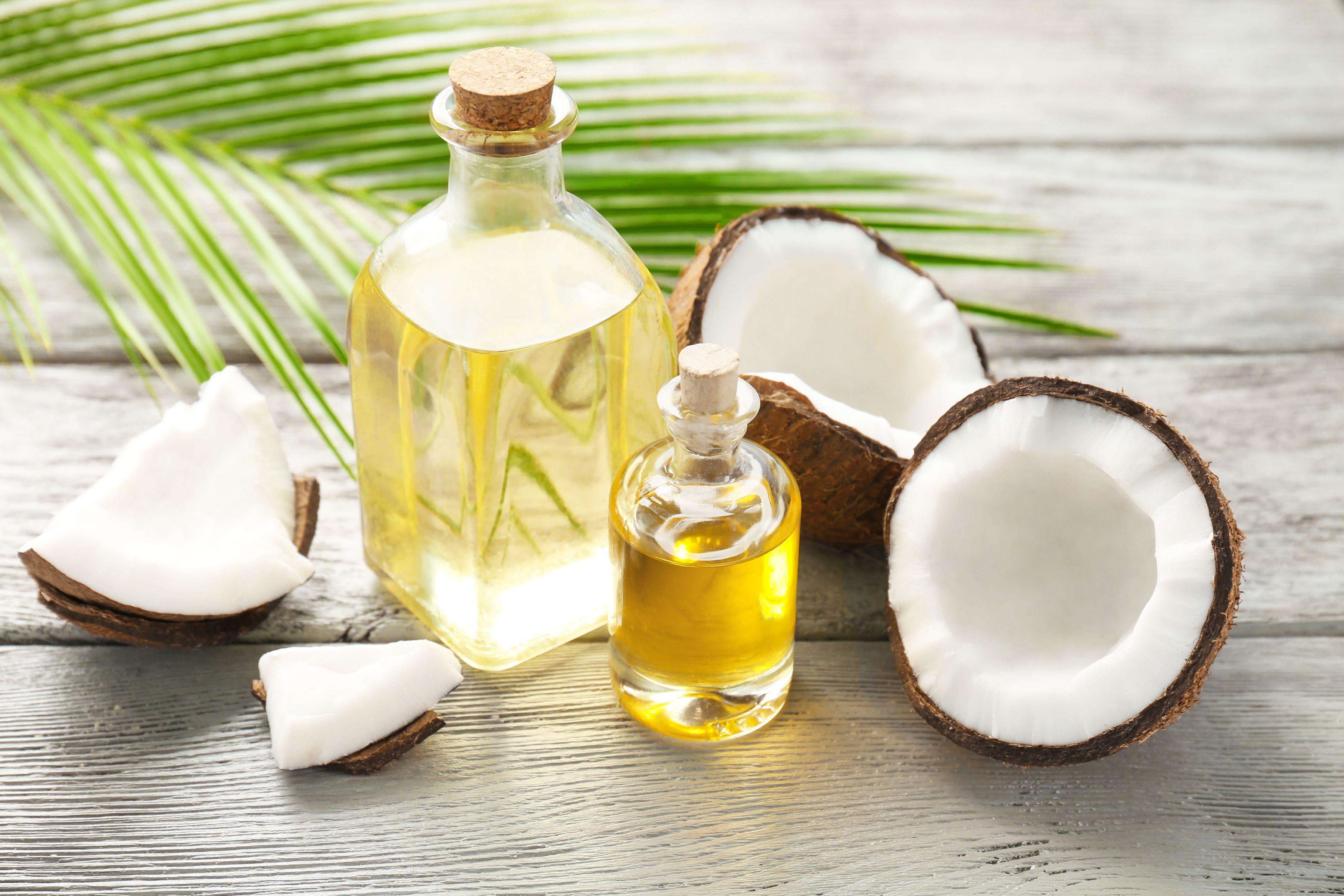 Foto de Óleo de coco para substituir o óleo de soja