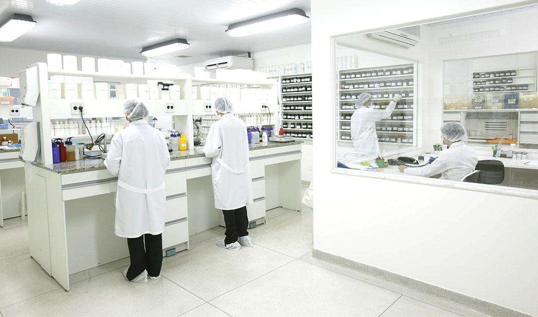 Foto de Farmácia de manipulação no bairro Botafogo: como encontrar a melhor